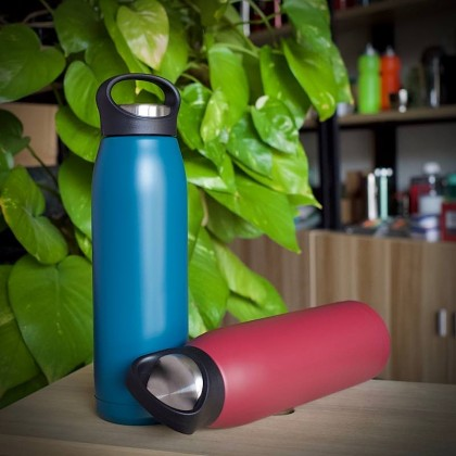 Vacuum Sport Bottle 700ml